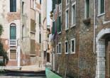 Venezia con gondola verde